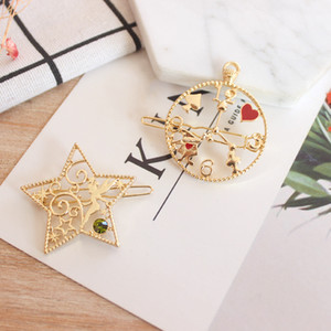 Wholesale Japanese Fantasy Anime Alice in Wonderland Watches Five Pointed Star Clip Hairpin Jewelry Drop shipping
