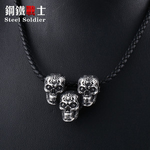 Wholesale Steel soldier three fire skull biker punk necklace pendant fashion unique men hot sale popular jewerly