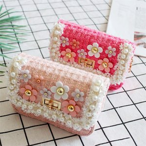 Kids Designe Bags Newest Spring Autumn Girls Mini Princess Purses Lovely Chain Shoulder Bags Pearl Flowers Woolen Handbags Tote Gifts