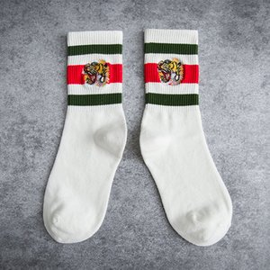 FASHION mens designer socks embroidery Tiger head stripes sports off black white socks cotton stripes knitted tube socks for man woman