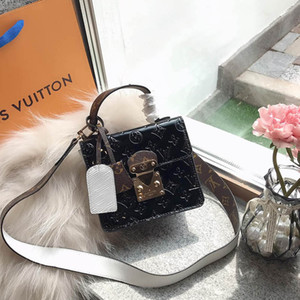 Wholesale Spring Street Womens Designer Luxury Small Shoulder Bags Black Red Blue Bright Leather Handbags Lady Fashion Handbag Chain Dress Totes
