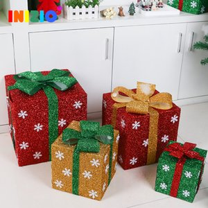 Wholesale 2020 Christmas Decoration Gift Box Christmas Supplies Window Shop Super Scene Decoration Snowflake Gift Bag Box