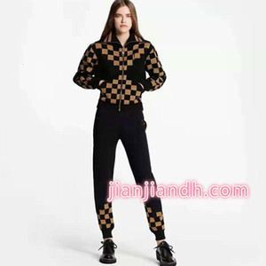 Wholesale Factory Customized Checkerboard Color Plaid Zip Cardigan Jacket Pants Two Piece Pants Set Fall Winter Women