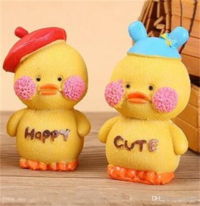Wholesale Yellow duck resin Design craft supplies Prop art work Mini Toys window parts Ornament cartoon Maiden heart birthday present xmb1