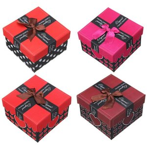 Wholesale Square Gift Case Heart Pattern Paper Jewellry Box Earing Ring Bracelet Presents Boxes Packsging Cases Bow x8 x5 cm