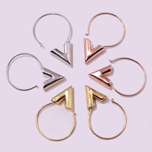 Wholesale 2017 Fashion Brand Lady Stainless Steel Fashion titanium steel gold jewelry V shaped smooth titanium steel earrings earrings