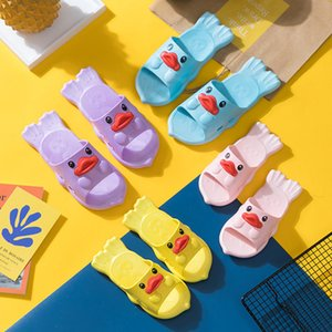 Wholesale Kids Cartoon Duck Indoor Slippers Toddler Boys Girls Family Summer Home Flip Flop Baby Bedroom Shoes Children Beach Wear Sandals