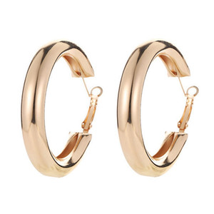 Wholesale Classic Round Big Hoop Earring New Trendy Large Size Punk Earrings For Women