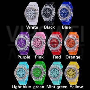 Wholesale Women Luminous color LED watch fashion trend male and girl students couple jelly Geneva Transparent Rhinestone Silicone child watches gift