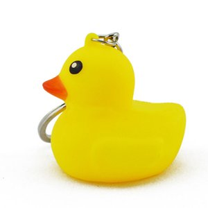 Wholesale Little yellow duck web celebrity little duck PVC animal key chain plastic pendant bag lovely pendan