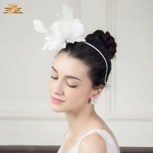 Lady Fedoras Hat Women New White Feather Wreath Cap Female Design Wedding Cap Fashion Accessories All-match Party B-4823