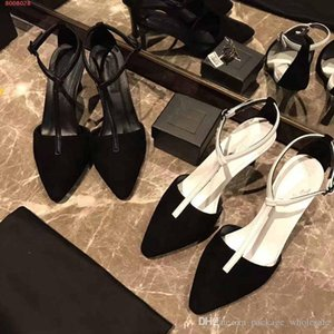 Wholesale Black and white pointed stylish ladies heels summer sandals classic style classic temperament women shoes