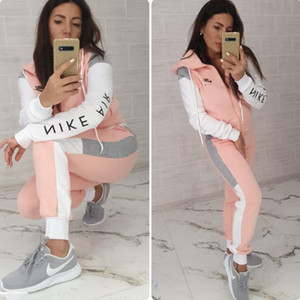 Wholesale 2020 design two pieces set sets set Sexy Digital printed European and American luxury Vogue Women Splicing Two Piece leisure sports suit