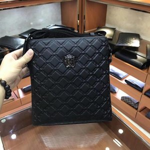 Wholesale 2019 Hot sale Designer Handbags Shoulder Bag New Men Messenger Bags Leather men Bag Cross Body Business bag for man x27x5 cm