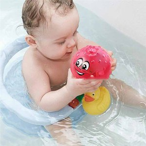 Wholesale nSpray Water Funny Baby Bath Toys Electric Induction Water Spray Toys for Children Light Music Rotatable Kids Swiming Pool Play Water Toys