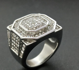 Wholesale European and American explosive stainless steel titanium steel diamond-inlaid luxury hip-hop personality fashion attractive men's ring
