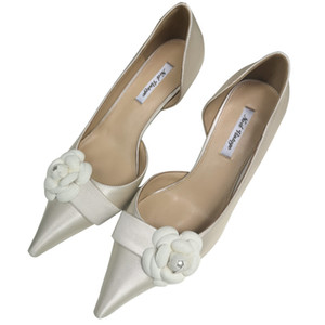 Wholesale Newest Ivory Silk Wedding Shoes Camellia Flower Bridal Shoe Empty Side Prom Party Pump Heels cm Size