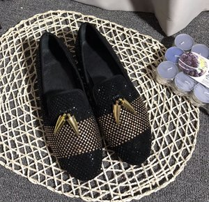 Wholesale 2019 Fashion Casual Formal Shoes For Men Black Genuine Leather Tassel Men Wedding Shoes Gold Metallic Mens Studded Loafers size