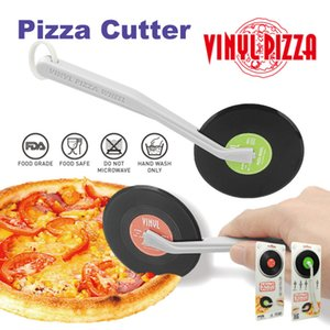 Wholesale Hot Creative Pizza Knife Vinyl Records Shape Pizza Cutter Cakes Bread Round Wheels Cutter for Novelty Kitchen tool as gift CD pizzer cutter