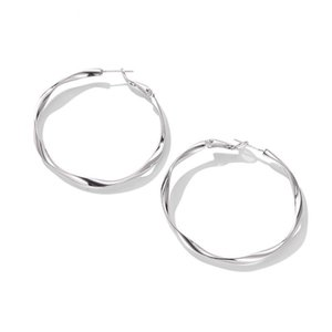 Wholesale New Trendy Round Designer Earrings Gold Silver Plated Stud Earrings Fashion Stainless Steel Jewelry Hoop Earrings for Women