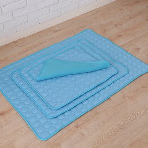 Wholesale Summer Dog Mat Ice Pad Ice Silk Cool Pet Beds Sofa Cushion Fit All Pet Puppy Cat Summer Cooling Mat