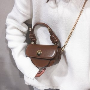 Wholesale oil saddle for sale - Group buy 2019 new stylish oil leather one shoulder diagonal cross bag women s autumn and winter custom personality hand held saddle bag