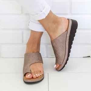 Wholesale Laamei Summer Outdoor Women Comfy Platform Sandal Shoes Correct Thickened Street Pu Leather Dating Shopping Flat Sole Sandal