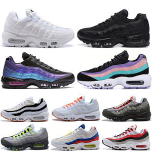 Wholesale Air Cushions Women Mens Running Shoes Triple White Black New Designer Throwback Future Have a Day Brand Trainers Sneakers