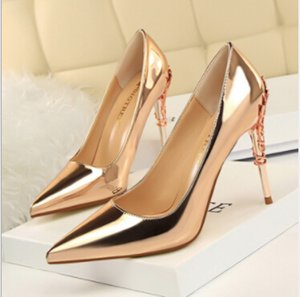 Wholesale Fashion sexy metal with shallow mouth pointed patent leather high heel shoes fine with thin single shoes