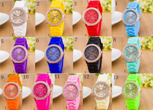 Wholesale 13 colors Luxury Diamond GENEVA Watches Silicone Stripe Wristwatches Fashion Candy Color Watch Unisex Quartz Wrist Watches For Men Women