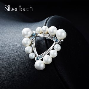 Wholesale Wedding Party beaded pearl gift woman lady diamond jewelry Brooches for bride acting initiation graduation CDE-1291