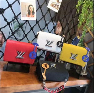 Wholesale Women's handbag classic small series of fashion hot mom Lady chain bag elegant bulk corrugated woman Leather Shoulder purse handbags bag L36