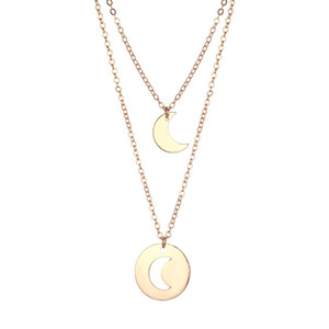 Wholesale Golden Necklace Hollow Out Gift Decor Beautiful Elegant Alloy Necklace Moon Pendant Women For Mother Lover Friend