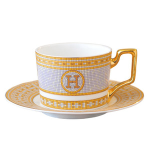 Luxury Porcelain Coffee Cup and Saucer Bone China Coffee Set Mark Mosaic Design Outline In Gold Tea Cup and Saucer Set Saucer Set