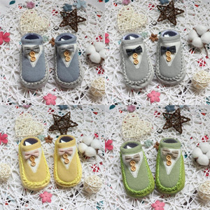 Wholesale baby bowknot socks with buttons cotton floor socks soft sole newborn thick indoor socks kids first walker shoes