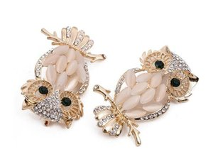 2019 New fashion Golden Plated Zinc Alloy Lovely Owl Bird Rhinestone Crystal Brooch Pin Jewelry Fashion Suits Accessories