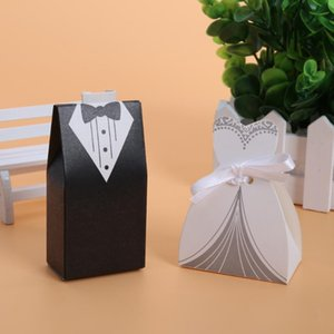 Wholesale 100pcs Wedding Decoration Groom Bride Dress Candy Box Black White Wedding Gft Box Candy Bag Gifts for Guests Favors Bags
