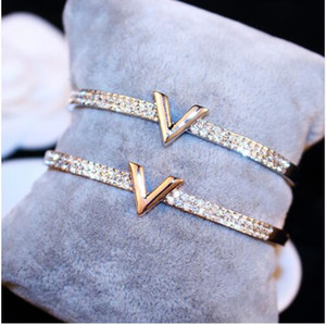 Wholesale SUPIN V Letter Design Best Zircon Rose Gold And White Simple Jewelry Bracelets Bangle For Women And Girls
