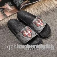 Luxury Mens Womens Summer Sandals Pantoufles Beach Slide Fashion Scuffs Slippers Ladies s5 Shoes