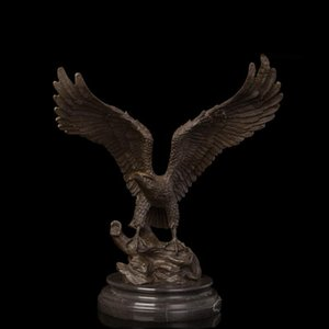 Wholesale 41 CM Western Art Deco Bronze Wing Lanneret Hawk Eagle Falcon Ornament Sculpture