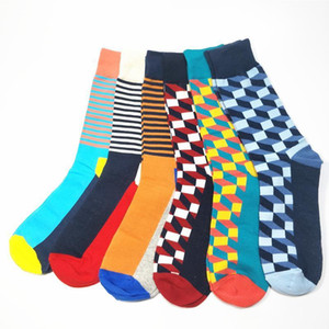 Wholesale Direct Selling Hombre Casual Free High Quality Goods Delivery Man Socks Colorful Clothes Socks Pairs No Box