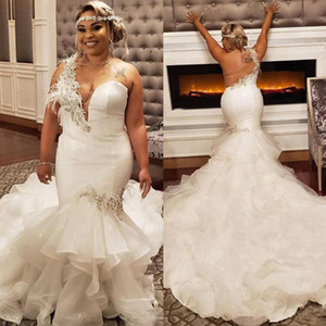 Wholesale Stunning Mermaid Tiered Plus Size Wedding Dresses Beaded One Shoulder Feather Bridal Gowns Backless Court Train Tiered robes de mariée