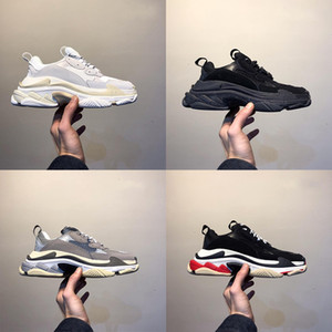 Wholesale Fashion Paris FW Triple S Triple S Sneaker Desi Luxury Dad Shoes for Men Women Beige Black Sports Running Shoes