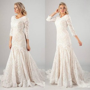 2019 Vintage Mermaid Lace Wedding Dresses With 3 4 Long Sleeves Plus Size Bridal Party Gowns Sweep Train Buttons Back Vestidos De Novia on Sale