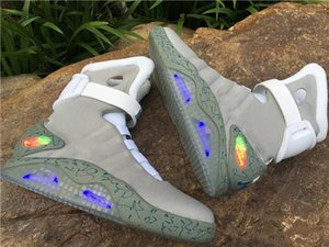 Wholesale 2019 Designer Air mag Back to the Future Fashion brand Sneakers mens women Luxury Running shoes LED lighting outdoor trainers with box