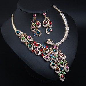 Wholesale European exaggerated crystal peacock necklace earrings jewelery set bridal banquet dress female fashion necklace accessories