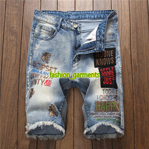 Wholesale 2019 Vintage Letter Embroidered Jeans Mens Summer European Style Wind Sticker Blue Denim Shorts Mens Designer Fashion Summer Shorts