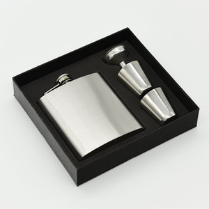 Wholesale Silver Flasks Set oz Hip Fask Cups Set Stainless Steel Hip Flasks Wine Pot Foam A Inner and Gift Box