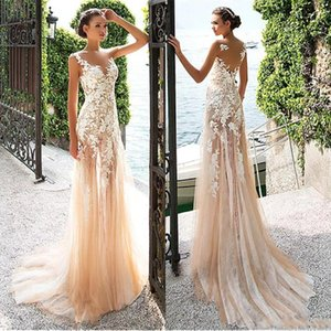 2019 Marvelous Tulle Lace Bateau Neckline See-through Sheath Wedding Dresses With Lace Appliques Champagne Bridal Gowns BC0087
