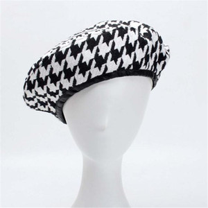 Wholesale Cool YY Autumn Berets Cap Winter Hats for Women French Houndstooth Beret Flat Cap Plaid Elegant British Style Lady Painter Bonne